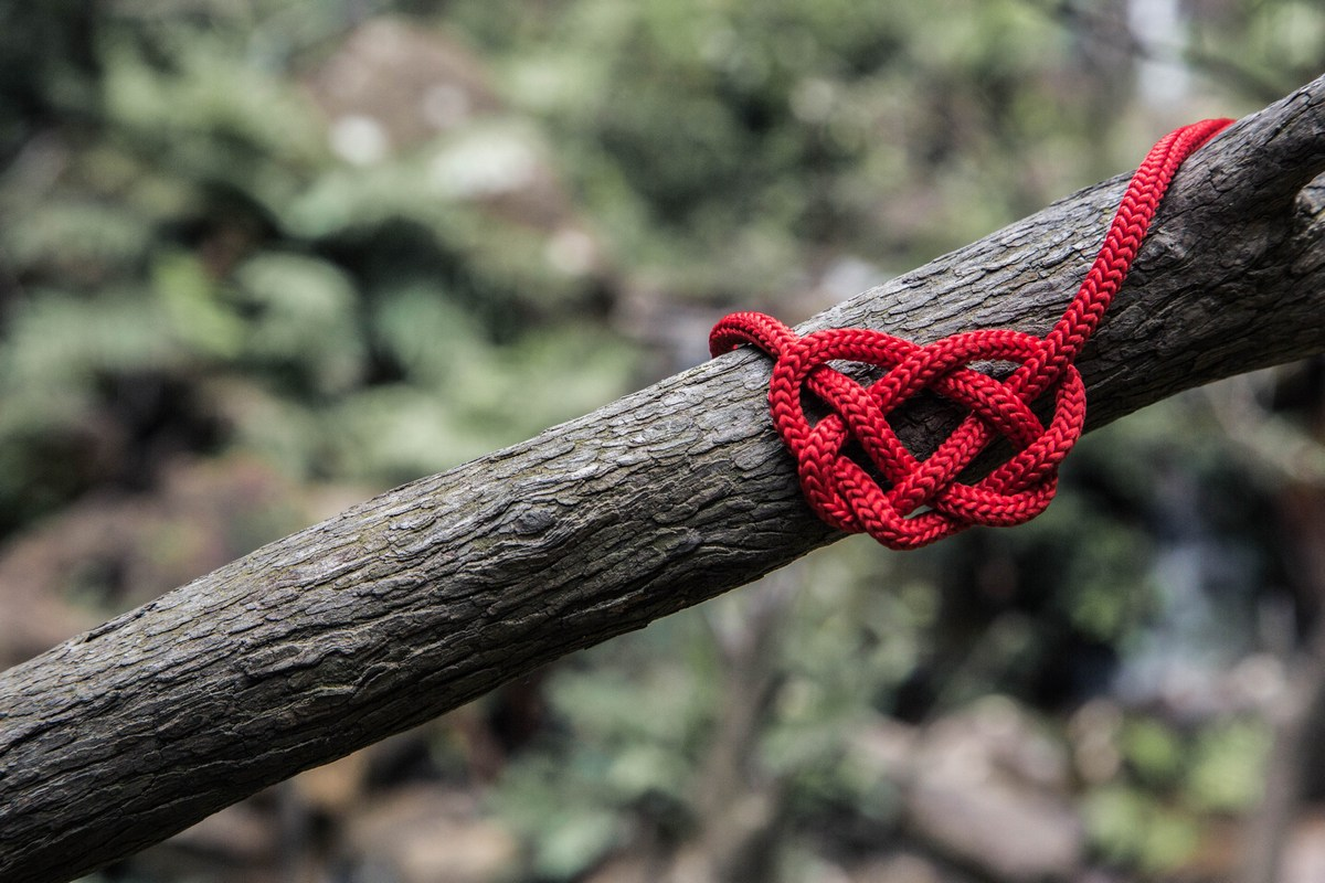Picture of a heart made from red rope to illustrate Janine Papendorf's blog post on World Aids Day