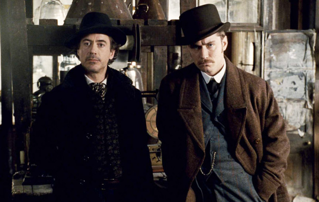 Picture of actors Robert Downey Jr and Jude Law in a scene from the movie Sherlock Holmes