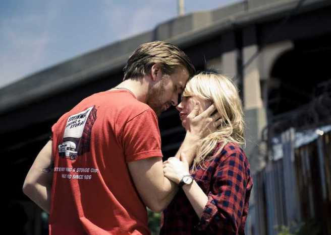Picture of Ryan Gosling and Michelle Williams in scene from the movie Blue Valentine