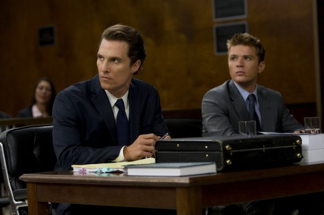 Picture of Matthew and Ryan in Lincoln Lawyer drama